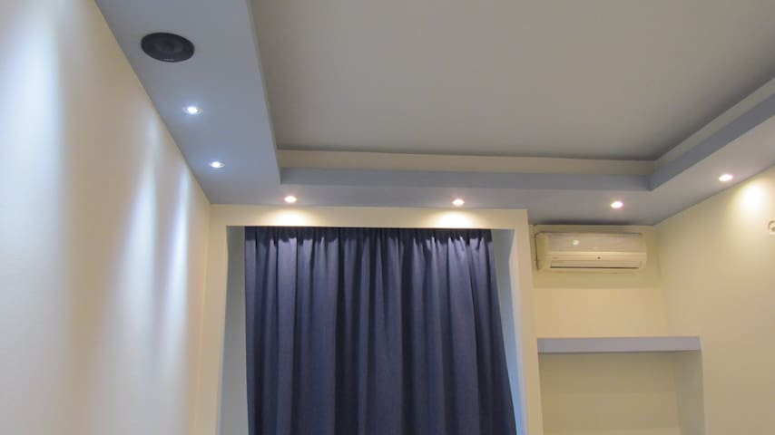 Awesome Panormou Metro Station Home - Athina - Appartement