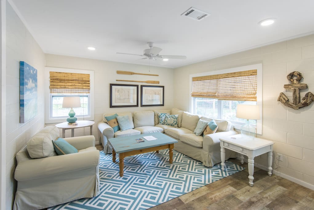 Comfy Living area with plenty of seating.