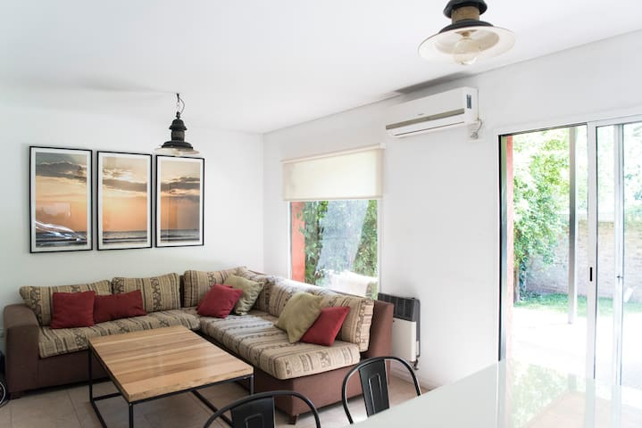 Triplex (casa) en San Isidro - B° La Colina