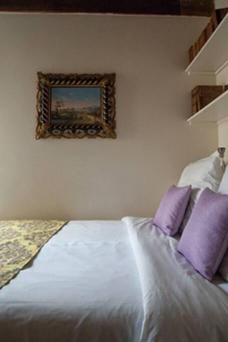 Excellent quality double bed, pure cotton linens