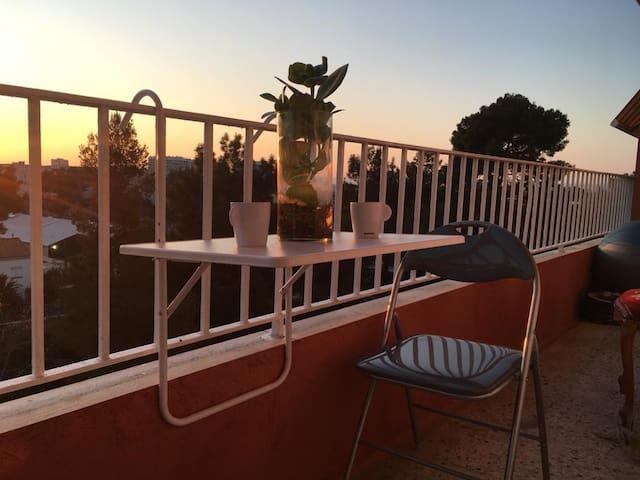 Appartement ensoleillé et tennis