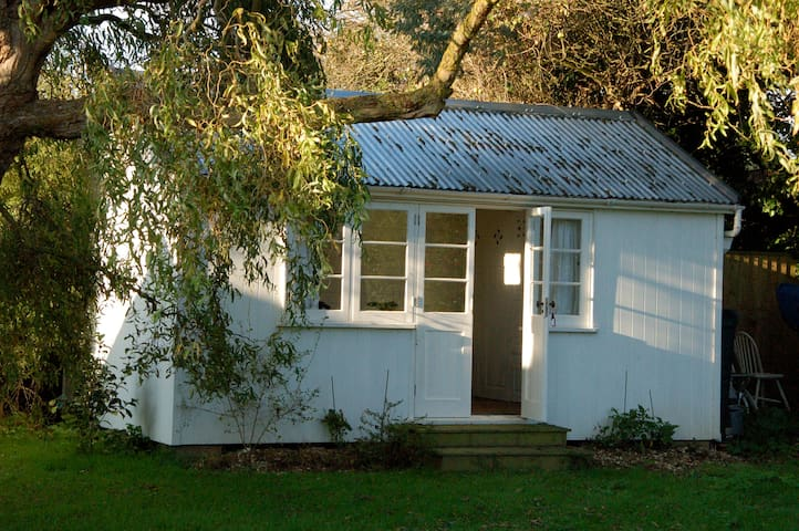 The Cabin at Howe Lodge - Bembridge - Chalet