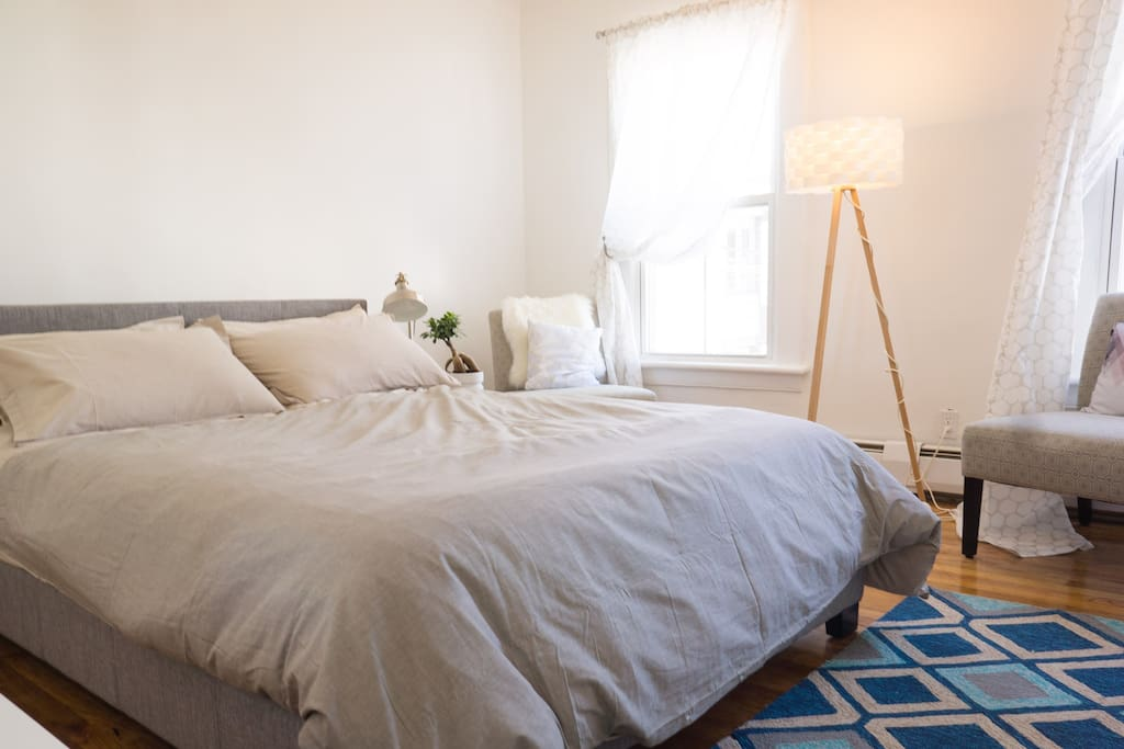 Master Bedroom, spacious and bright