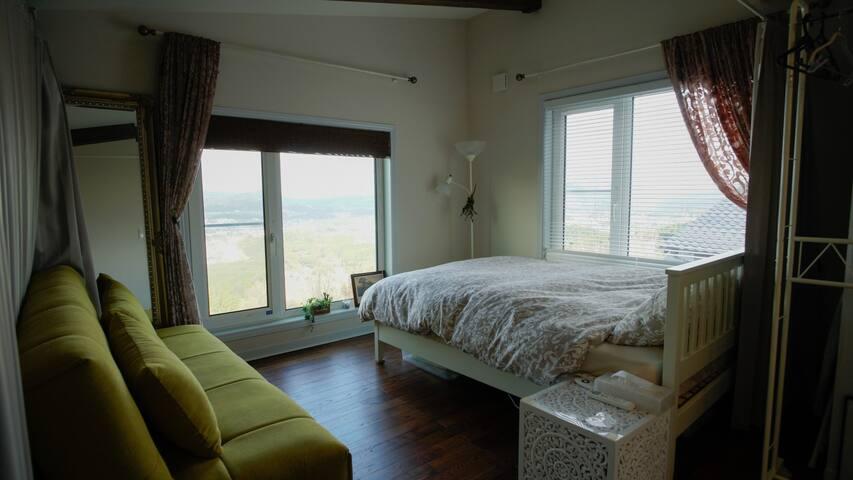 Upper Floor Living/Bedroom (Divider)