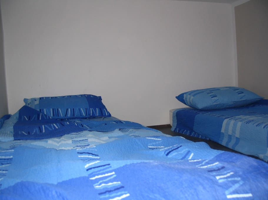 No need to make a bed! *get them together & make a double size bed