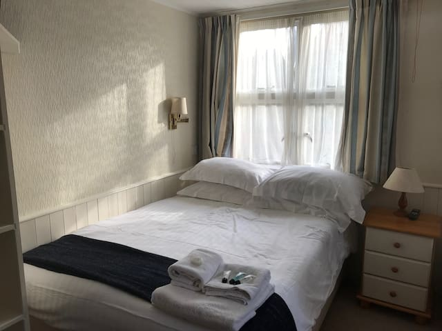 Disabled access Double Room with Ensuite