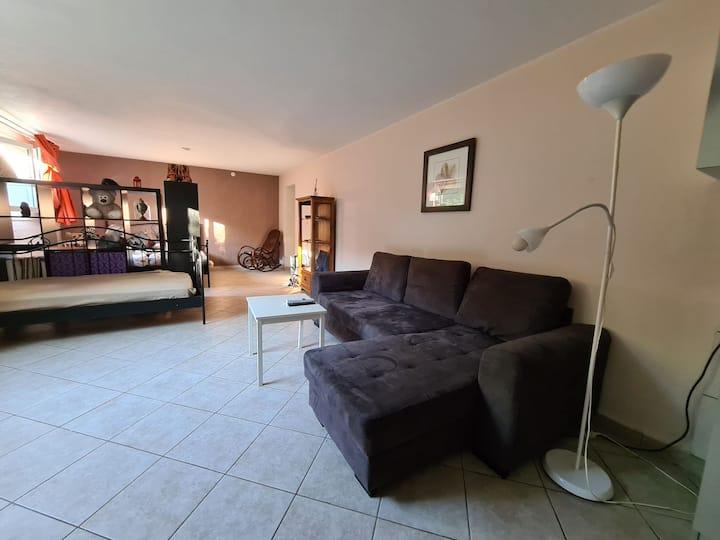 Appartement 55 m2 : Demi Sous-sol , Jardin