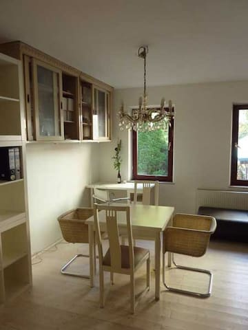 Vintage Apartment next city&nature - Fürth - Apartamento