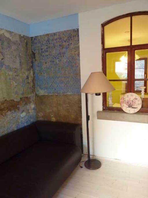 Feine Sofazone in der großen Stube