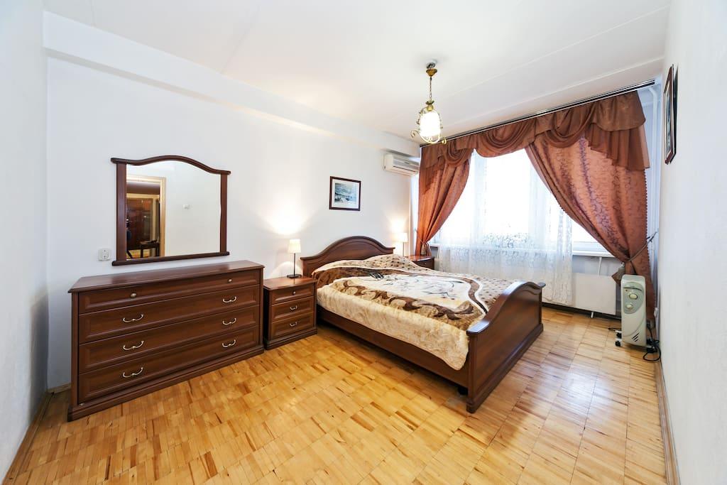 cosy 2 bedroom noviy arbat 26 wohnungen zur miete in. Black Bedroom Furniture Sets. Home Design Ideas