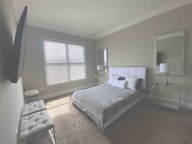 Master Bedroom. No drawers but much closet space. 65 inch HD Flatscreen w Xfinity Cable and Netflix already loaded.