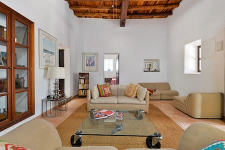 Old Ibiza house with charm in Santa Gertrudis - Santa Gertrudis de Fruitera