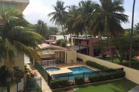 Precioso apartamento con piscina y en la mejor playa de luquillo ,seguro y tranquilo,cerca de los kioscos de luquillo