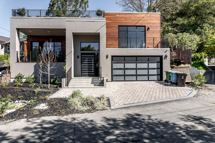 STUNNING Lafayette ModernHouse Walk to BART BR NEW