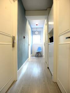 #4) New! 2ppl Rm, 15sec to MTR, Free Wifi - Apartment