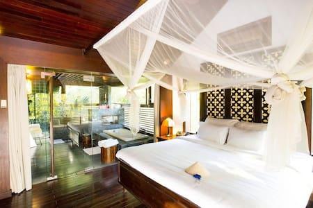 Amazing Villa on Saigon River! - Ho Chi Minh City