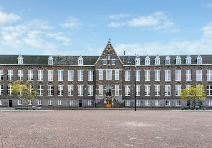 Luxury shortstay package for Expats in Breda