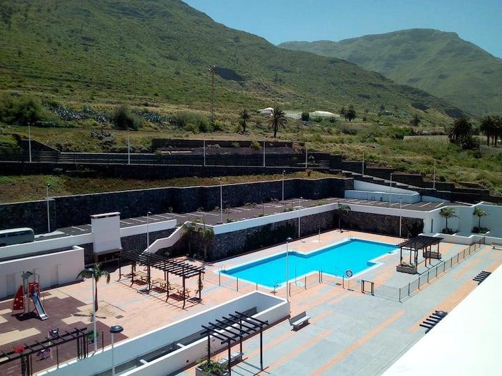 Ático con piscina y gimnasio en Bajamar