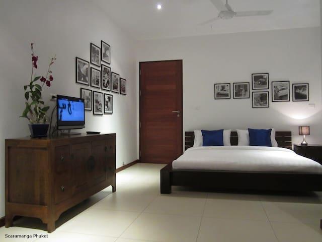 Seaview Room @ Scaramanga Bang Tao Bed&Breakfast - Phuket, Thailand