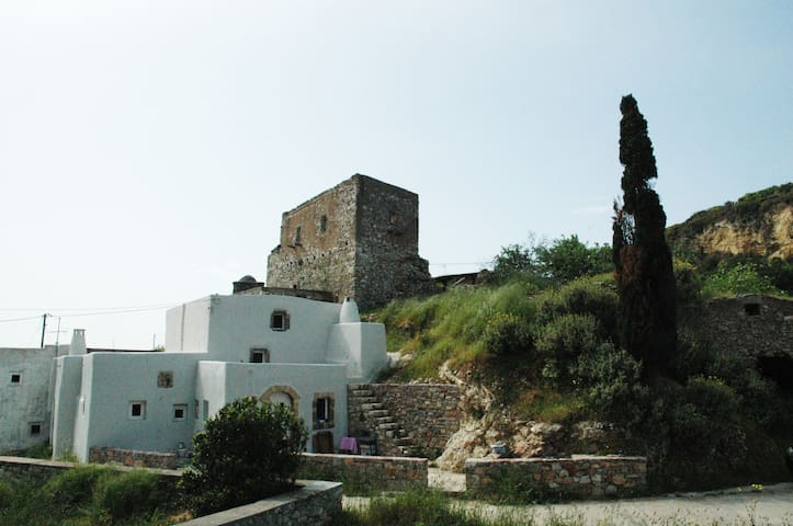 19th Century Architect-owned Villa - Kythira - Rumah