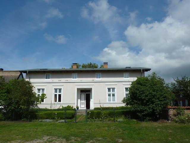 Dachwohnung mit Garten & Seezugang - Usedom - Pis