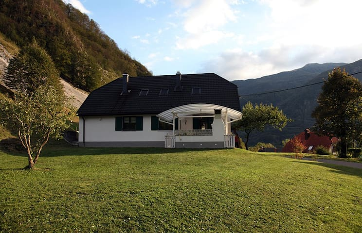 Cozy apartment near Soča, Bovec
