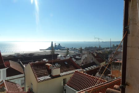 Lisbon, Alfama: amazing river view! - Lissabon