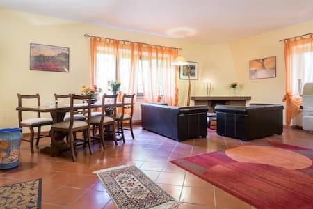 Villa, Piscina, Parco, vicino Roma - Poggio Nativo