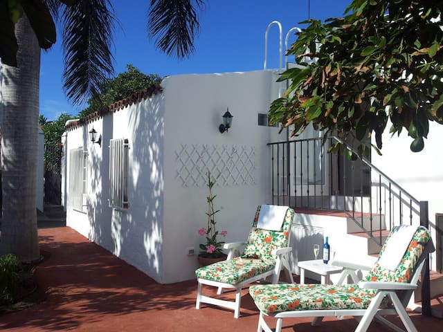 Country Cottage Among Avocados Near the Coast - La Orotava - Villa