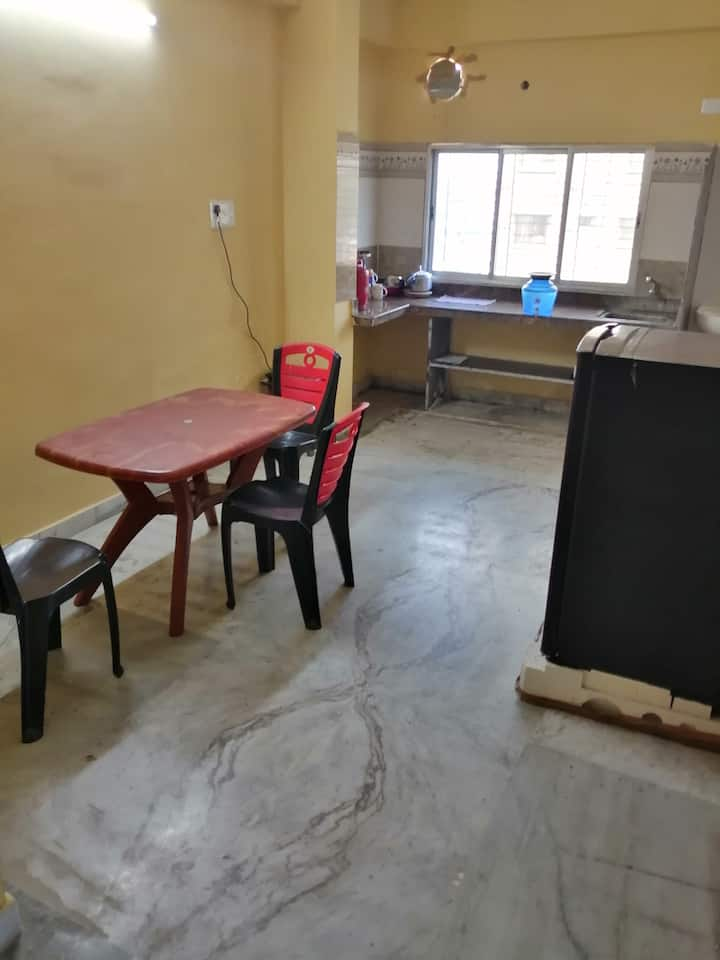Comfortable home stay in a quiet neighborhood 4