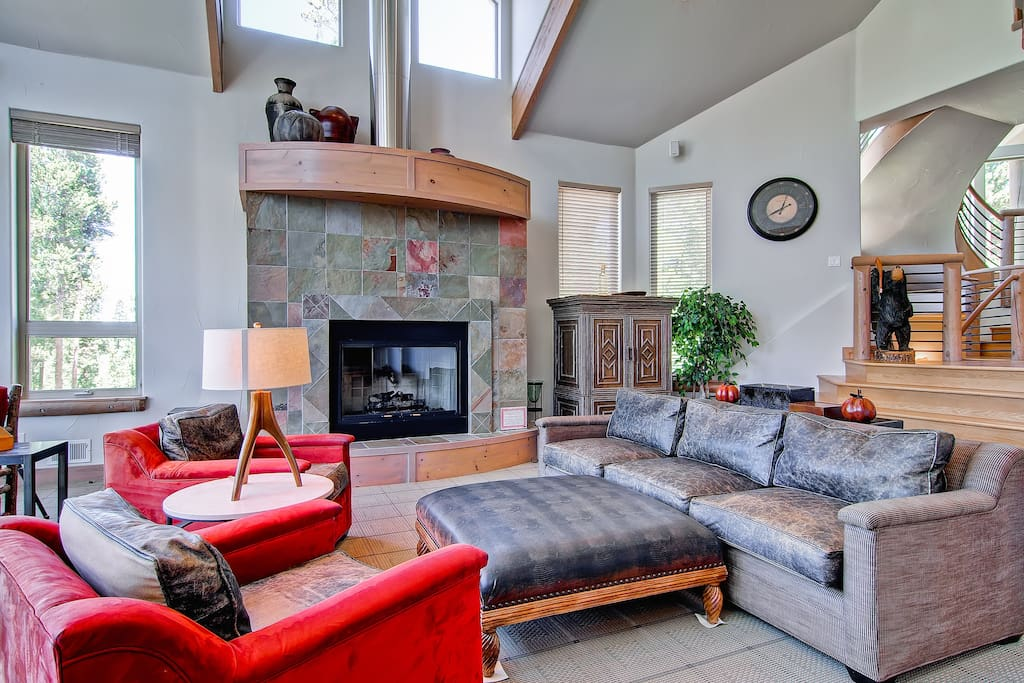 Put the kids to bed and enjoy great conversation by the fireplace.