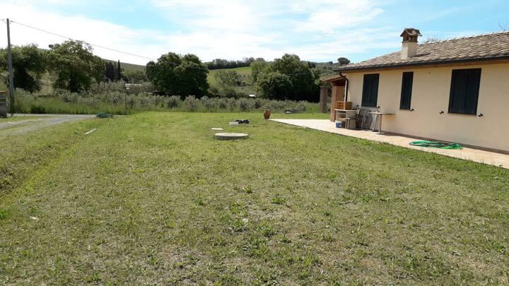 Casa immersa nel verde di Bibbona relax