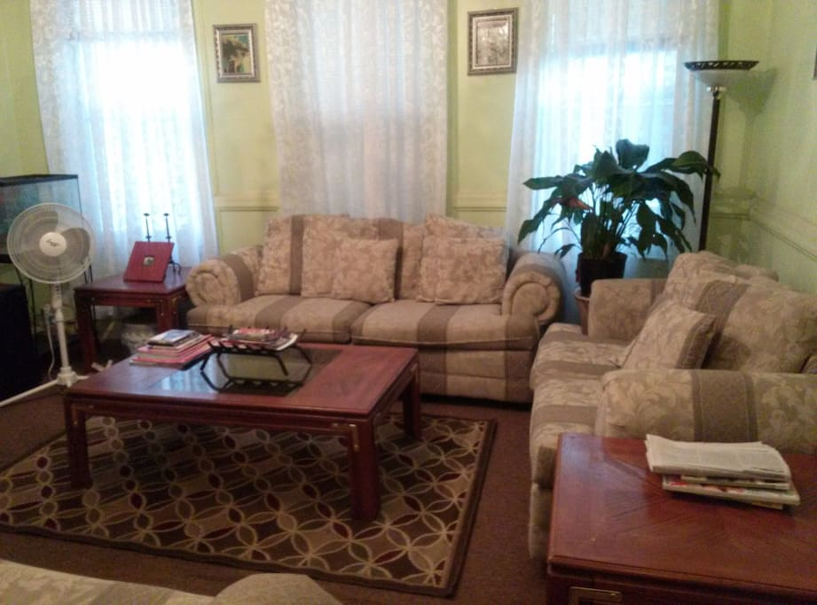 COMFORTABLE PRIVATE ROOM FOR RENT