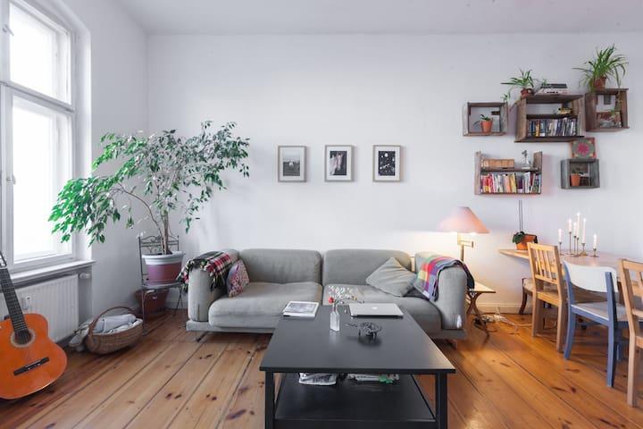 Stylishly furnished 3 room flat