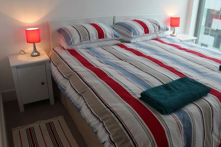City centre, transport links nearby, very peaceful - Liverpool - Apartment