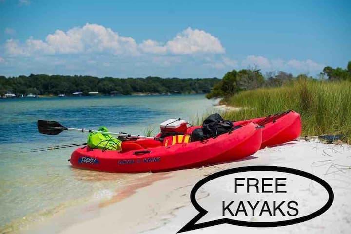 Free Kayaks, Private Dock & Pool on Waterfront