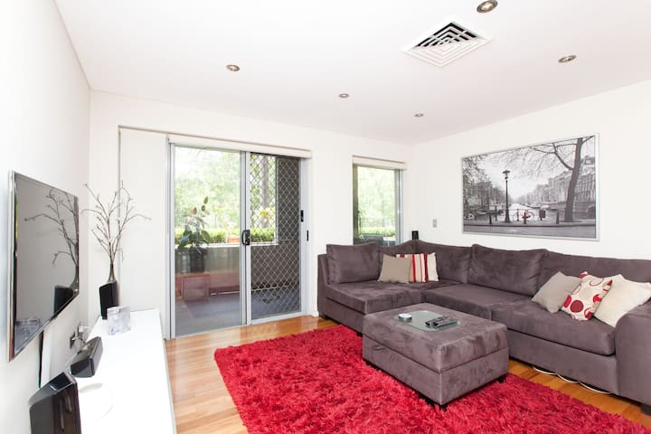 Modern apt. in Camperdown, Sydney - Camperdown - Apartemen