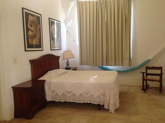 ROOM # 5. FULLSIZE BED.