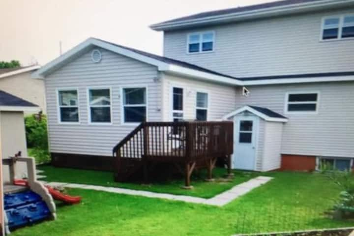 1bedroom +den half basement apartment