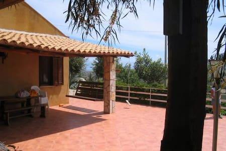 Cottage  indipendente panoramico  - Castellammare del Golfo