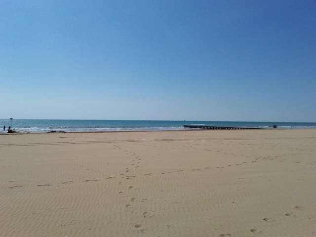 Comfortable Flat by the beach side. - Lido di Jesolo - Appartement