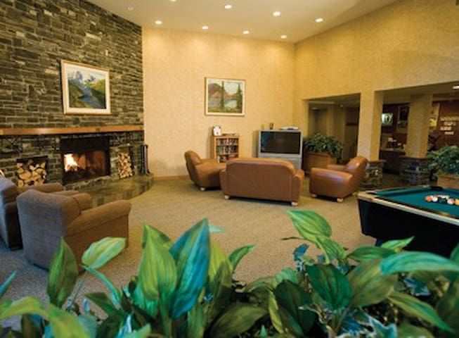 Canada-Canmore-Banff Resort 1 Bdrm Hotel