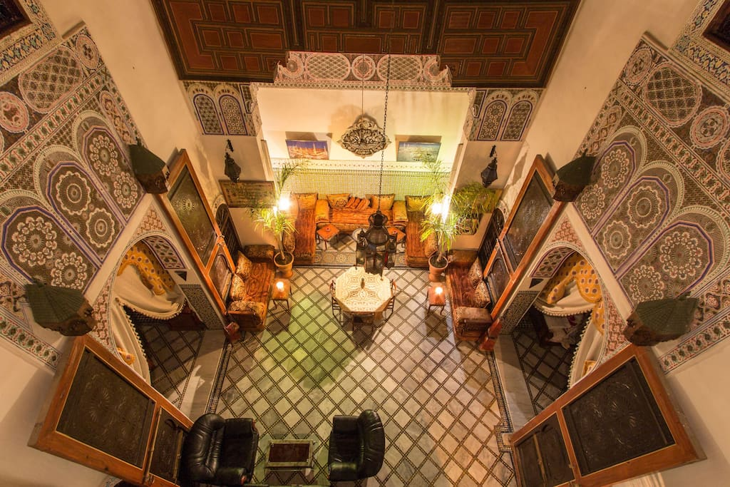 Private room de luxe at riad meski guesthouse b b casas for Airbnb fez