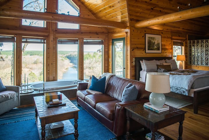 Incredible River Views--Windsong Cottage