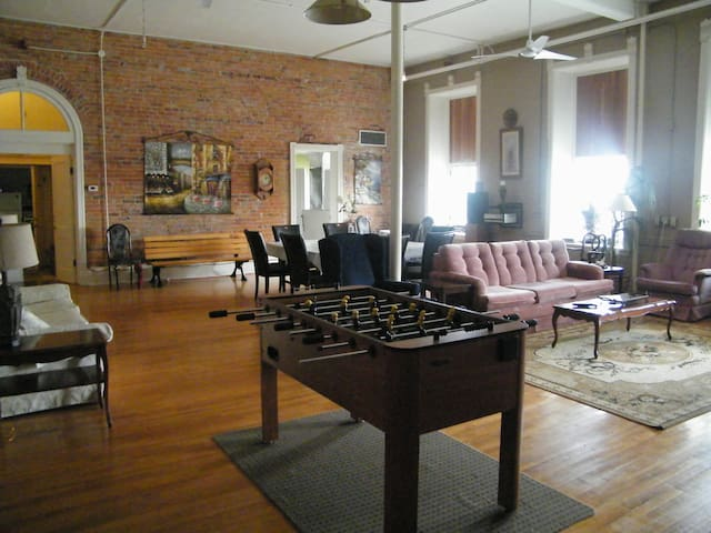 New York Style Loft - Gananoque - Apartment