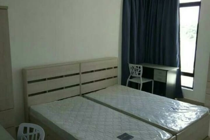 Longterm stay Fully furnished room@The Meadow Park