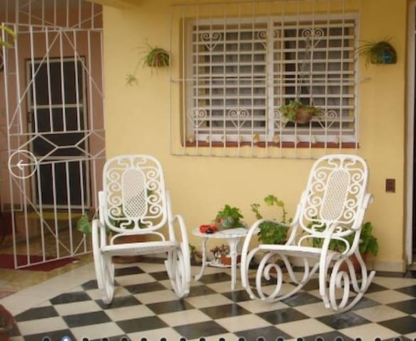 2A/C Private Rooms Near Beach - Up to 7 Guests