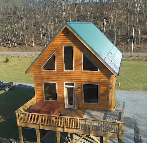 Brand New River Front Log Cabin - Luray - Cabin