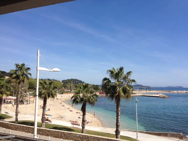 T3 CLIMATISEE 20 M PLAGE SABLE, VUE IMPRENABLE MER - Toulon - Appartement