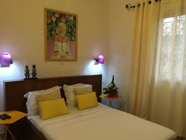 "La Villa de Kribi:""Mboa Manga"" Economy Double Room - Kribi - Dům pro hosty"